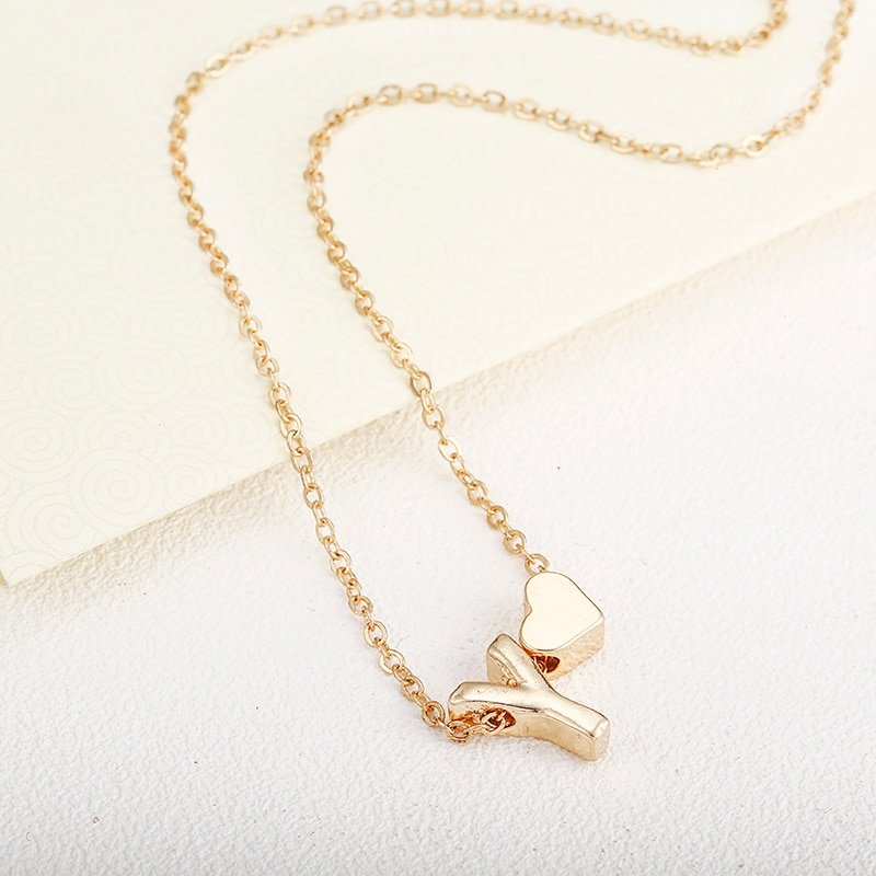 New Fashion Tiny Heart Dainty Initial Necklace With Letter Name Choker Necklace For Women